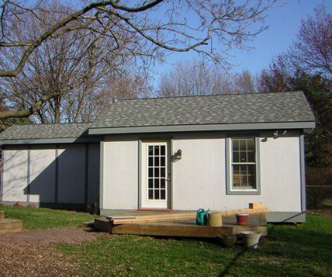 Garages/Sheds